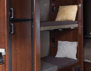 BUNK BEDS (31E)