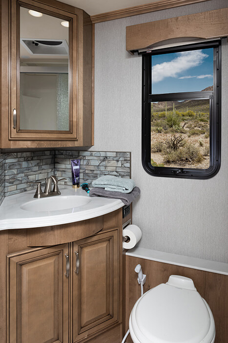 Navigator 38N - Reflection Décor with Nutmeg Cabinetry